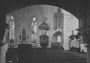 Kirche, Blick zum Altar, um 1950