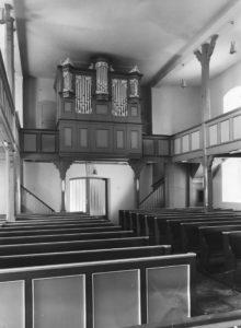Kirche, Blick zur Orgel