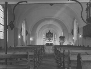 Kirche, Blick zum Altar, nach 1952
