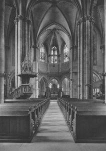Kirche, Blick zum Altar, vor 1944