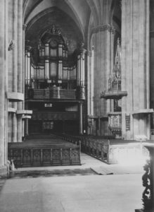 Kirche, Blick zur Orgel, vor 13.09.1944