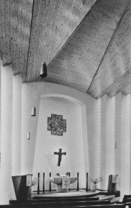 Kirche, Blick zum Altar, 1965, Postkarte
