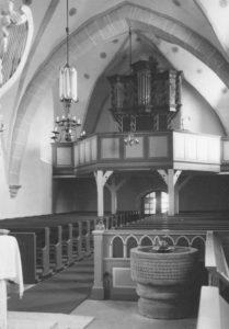 Kirche, Blick zur Orgel, Foto: Ernst Witt, Hannover, 1961