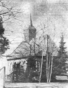 Kirche, Ansicht von Südosten, Zeitungsfoto