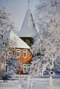 Glockenturm und Pfarrhaus, 1989