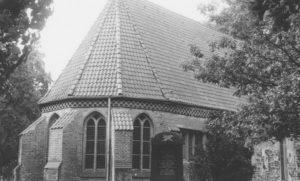 Groß Hehlen (KK Celle), St. Cyriakus, Kirche, Ansicht von Nordosten, Teilansicht