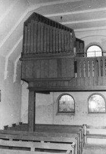 Kirche, Blick zur Orgel, um1957