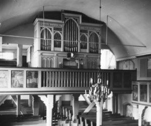 Kirche Langlingen, Blick zur Orgel, vor 1994