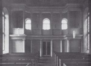 Kirche Nienhagen, Blick zur Westempore (ehemalige Kanzelaltarwand), 1965