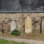 Ahausen, Marienkirche, Grabsteine