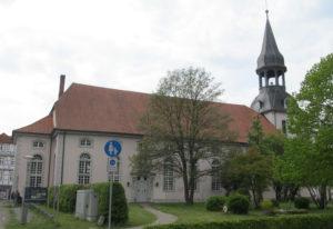 Kirche, Ansicht von Südosten, 2017, Foto: Uwe Gierz, Gifhorn