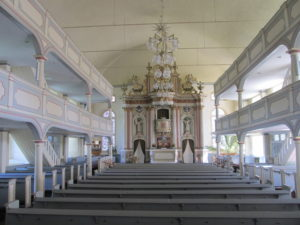 Kirche, Blick zum Altar, 2017, Foto: Uwe Gierz, Gifhorn