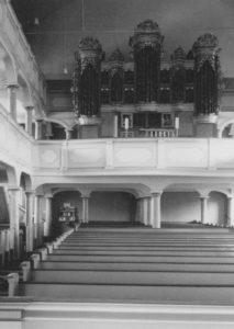 Kirche, Blick zur Orgel, 1961, Foto: Ernst Witt, Hannover