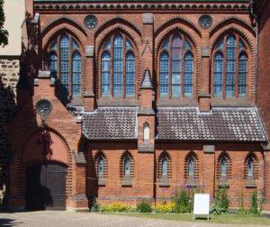 Elisabeth-Kirche, Langhaus, Südseite