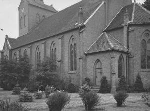 Kirche, Ansicht von Südosten, Teilansicht
