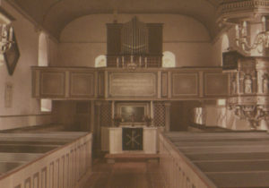 Kirche, Blick zum Altar und zur Orgel, nach Juli 1954, vor 1997