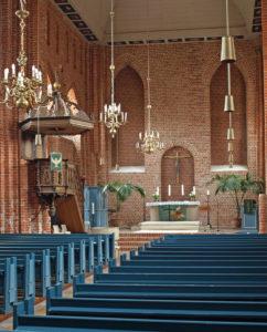 Kirche, Blick zum Altar, 2011, Foto: Peter Seidel