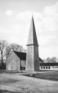 Kirche, Außenansicht, 1964