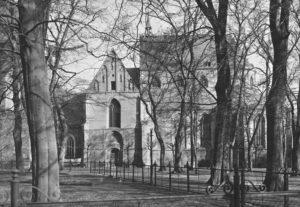 Kirche, Ansicht von Süden, Teilansicht
