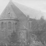 Wiederaufgebaute Kirche, Ansicht von Nordosten, vor 1955