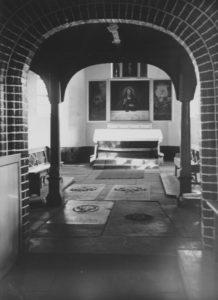 Kirche, Blick in den Altarraum, um 1848