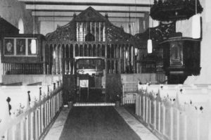 Kirche, Blick zum Altar, um 1987