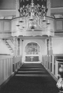 Kirche, Blick zur Orgel und zum Altar, 1959, Foto: Ernst Witt, Hannover