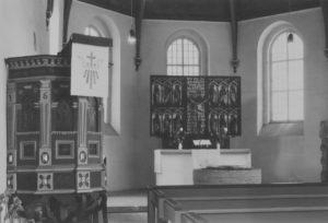 Kirche, Blick zum Altar, nach 1968