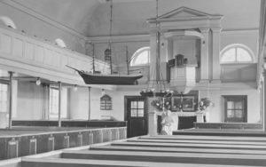 Kirche, Blick zum Altar, 1943