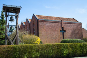 Kirche, Glockenträger, Westansicht