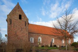 Kirche, Blick von Süden