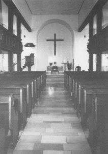 Kirche, Blick zum Altar, nach 1969