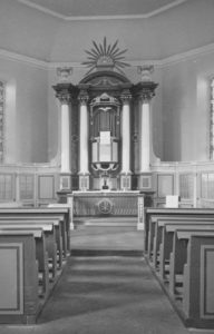 Kirche, Blick zum Altar, Foto: Ernst Witt, Hannover, Mai 1959
