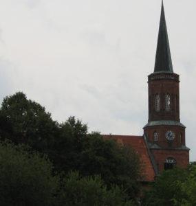 Kirche, Ansicht von Norden, Foto: Ernst Günther Behn, Klein Gußborn 2009/10 (gemeinfrei)