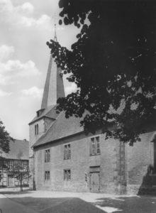 Kirche, Ansicht von Südosten, Teilansicht, 1966, Postkarte