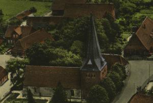Kirche, Ansicht von Nordwesten, Luftbild, um 1960
