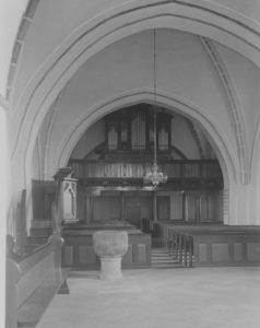 Kirche, Blick zur Orgel, Foto: Ernst Witt, Hannover, Mai 1953