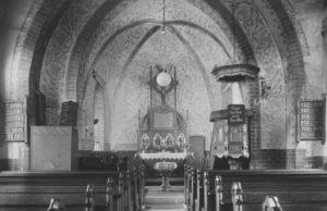 Kirche, Blick zum Altar, 1949