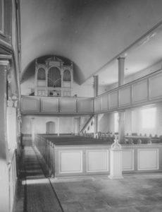 Kirche, Blick zu Orgel, Foto: Ernst Witt, Hannover, Oktober 1954