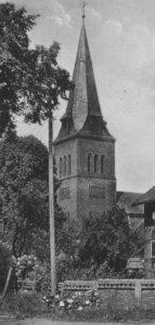 Kirche, bzw. Glockenturm, Ansicht von Südwesten, Teilansicht