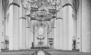 Kirche, Blick zum Altar, vor 1968