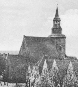 Kirche, Ansicht von Nordosten, um 1910, Postkarte