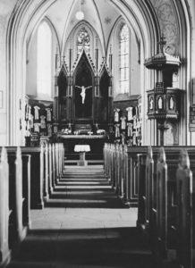 Kirche, Blick zum Altar, 1950