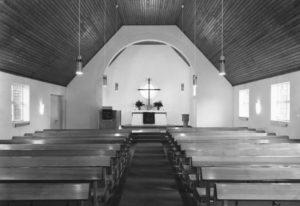 Kirche, Blick zum Altar, 1968