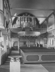 Kirche, Blick zur Orgel, Foto: Ernst Witt, Hannover, September 1955