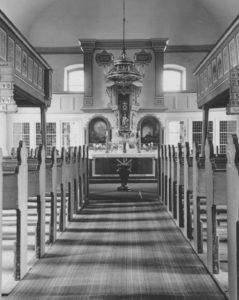 Kirche, Blick zum Altar, Foto: Ernst Witt, Hannover, Juni 1952