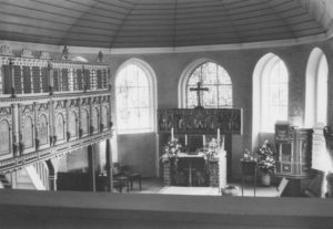 Kirche, Blick zum Altar, nach 1967