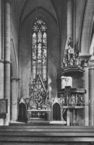 Kirche, Blick zum Altar, vor 1966 (?)