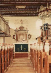 Kirche, Blick zum Altar, Foto: Ernst Witt, Hannover, 1951