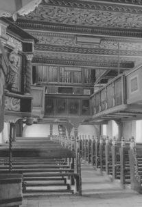 Kirche, Blick zur Orgel, Foto: Ernst Witt, Hannover, 1951